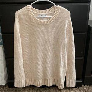 NWT beuatiful sweater for winter season!!!